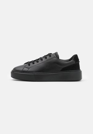 HERO LITE LACE - Sneakers basse - black