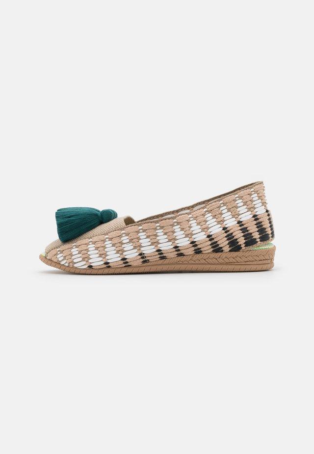 CAYENA - Loafers - esmeralda