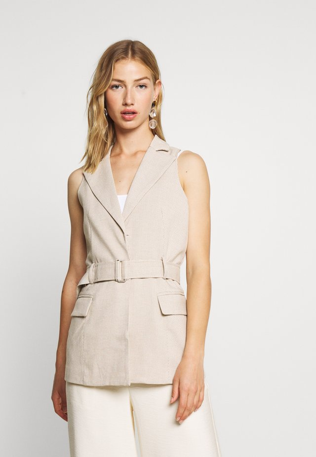 HOLLY JACKET - Veste sans manches - nude