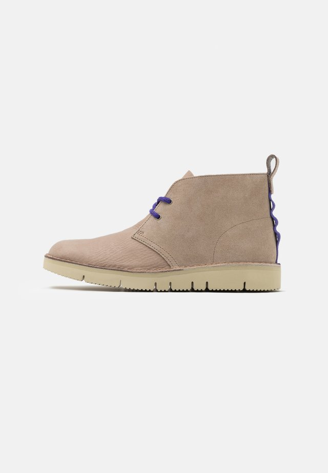 DESERT  2.0 - Casual lace-ups - sand