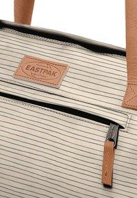 Eastpak - RENANA/AMINIMAL - Weekend bag - stripe - 3