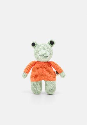 SPIELZEUG KROKODIL - Cuddly toy - green