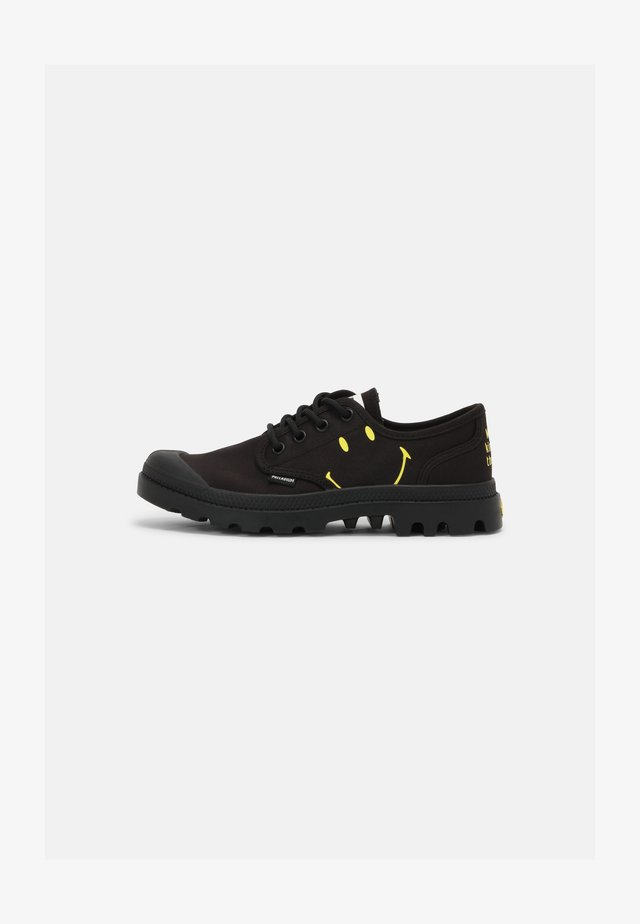 PAMPA OX BE KIND UNISEX - Trainers - black