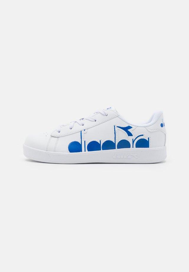 GAME BOLDER UNISEX - Sportovní boty - white/micro blue