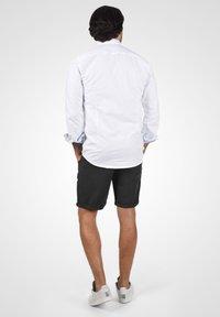 Solid - LORAS - Shorts - black - 2