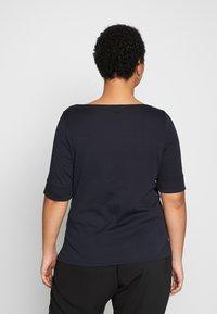 Lauren Ralph Lauren Woman - JUDY ELBOW SLEEVE - Print T-shirt - navy - 2