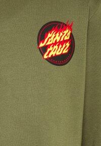 Santa Cruz - FLAMING JAPANESE DOT CREW UNISEX - Hoodie - army green - 6