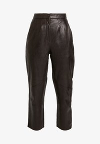 PLEAT TROUSER - Leather trousers - dark brown