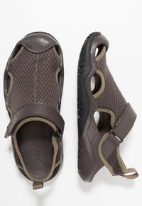 Crocs - SWIFTWATER DECK - Clogs - espresso - 1
