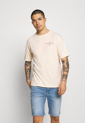 ARTWORK TEE - T-shirt med print - morning sun