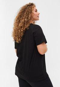 Zizzi - BLONDER - Basic T-shirt - black - 2