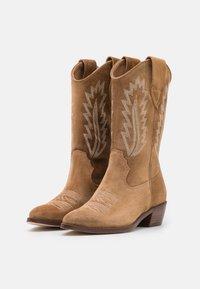 Alpe - ROSE - Cowboy/Biker boots - cognac - 2