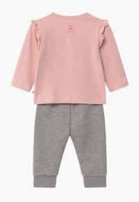 Staccato - SET - Kalhoty - light pink/grey - 1