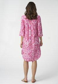 Dea Kudibal - KAMILLE - Day dress - paisley pink - 2