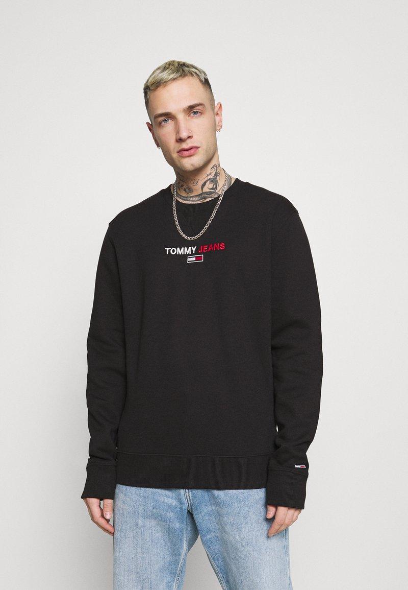 Tommy Jeans - LINEAR LOGO CREW - Sweatshirt - black