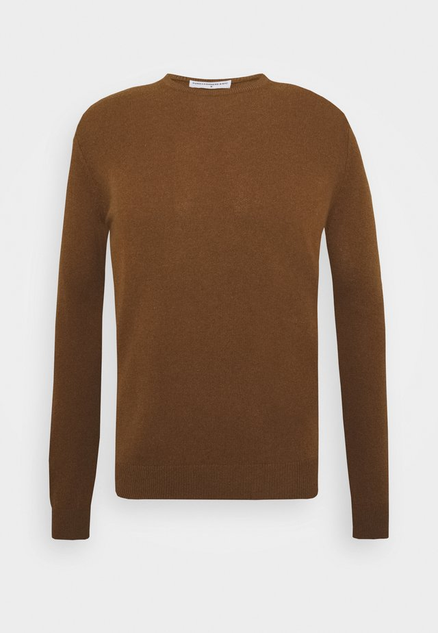 MEN CREW NECK - Strikkegenser - deep camel