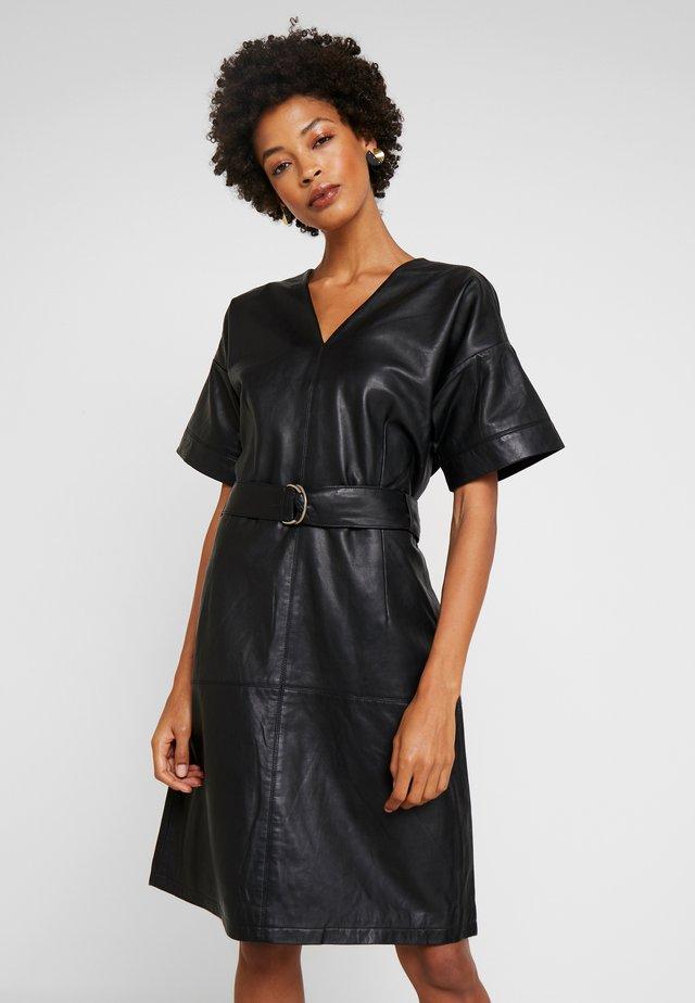 ROUX DRESS - Denní šaty - black