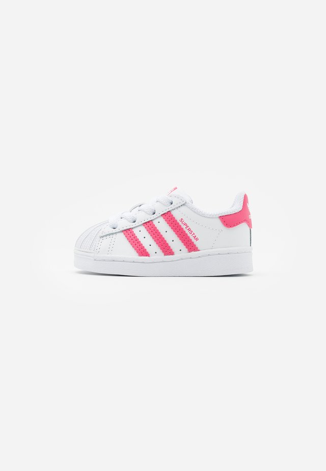 SUPERSTAR  - Sneakersy niskie - footwear white/super pink/core black