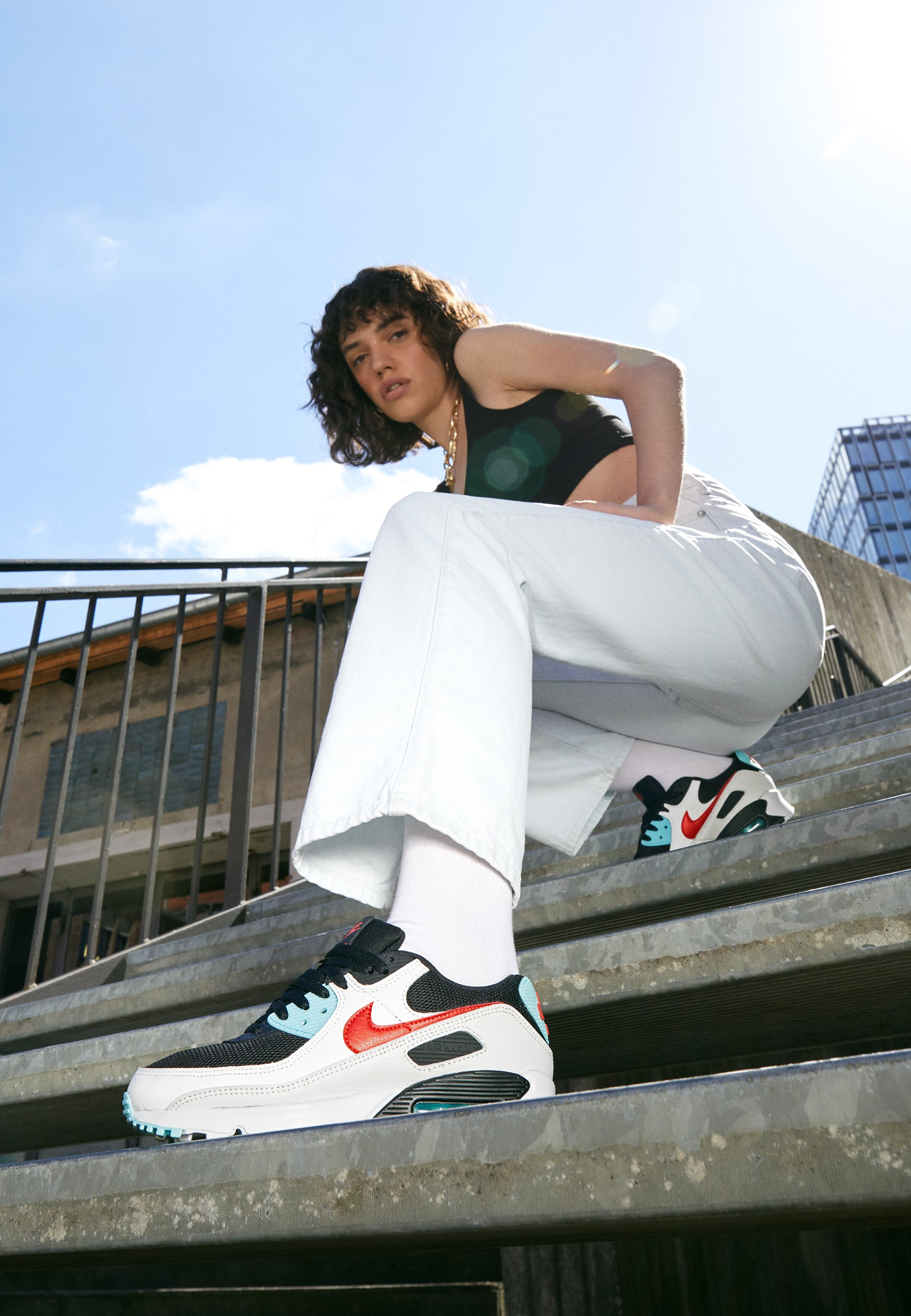 Nike Sportswear AIR MAX 90 Sneaker low summit white/chile red/bleached aqua/black/weiß