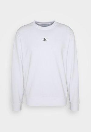 PUFF CREW NECK - Sweater - bright white