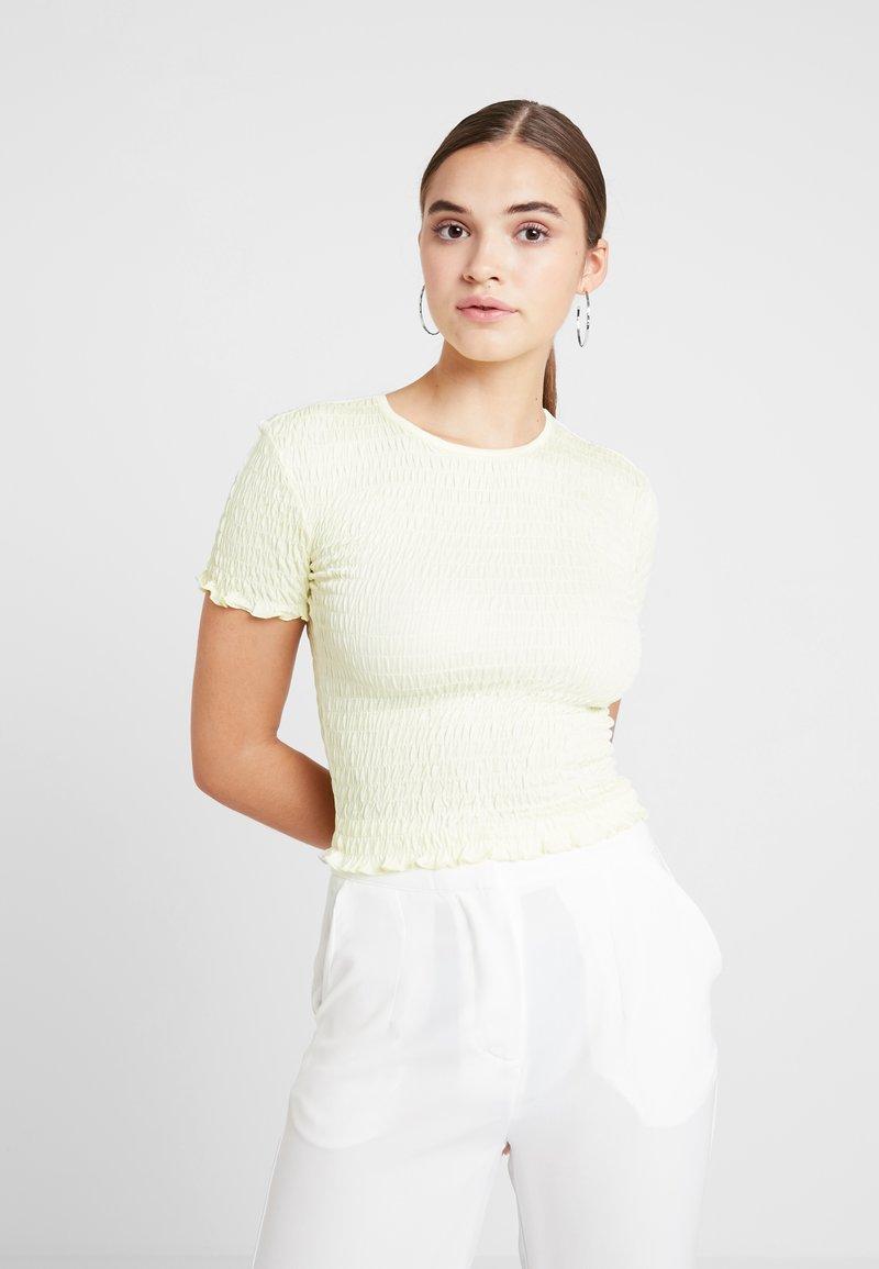 Miss Selfridge - SHIRRED - Print T-shirt - lemon