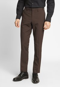 Isaac Dewhirst - PLAIN SUIT - Oblek - brown - 3