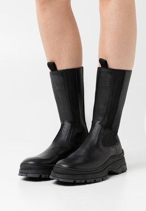 FRANCES - Platåstøvler - black