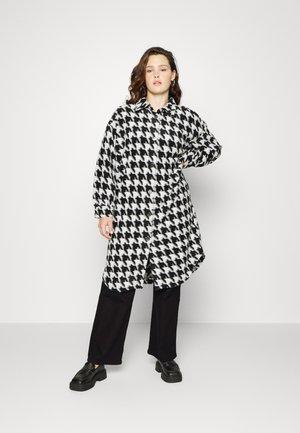 CARANDREA LONG SHACKET - Klassinen takki - black/white