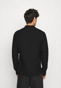 Tigha - PHARRRELL - Overhemd - black - 2