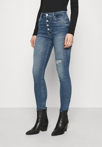 Calvin Klein Jeans - HIGH RISE SKINNY - Skinny džíny - denim medium - 0