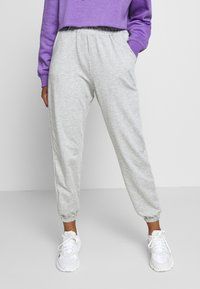 Missguided Petite - 2 PACK BASIC JOGGERS - Tracksuit bottoms - grey marl/black - 1