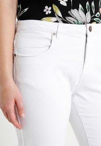 Zizzi - EMILY - Denim shorts - bright white - 2