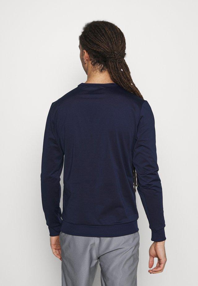 GOLF TECH CREW MIDLAYER - Sweatshirt - navy
