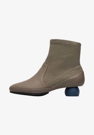 TWINS - Classic ankle boots - grün