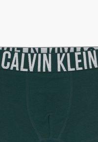 Calvin Klein Underwear - TRUNKS 2 PACK - Pants - green - 3