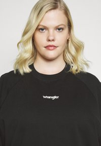 Wrangler Plus - RETRO RAGLAN - Sweater - faded black - 3