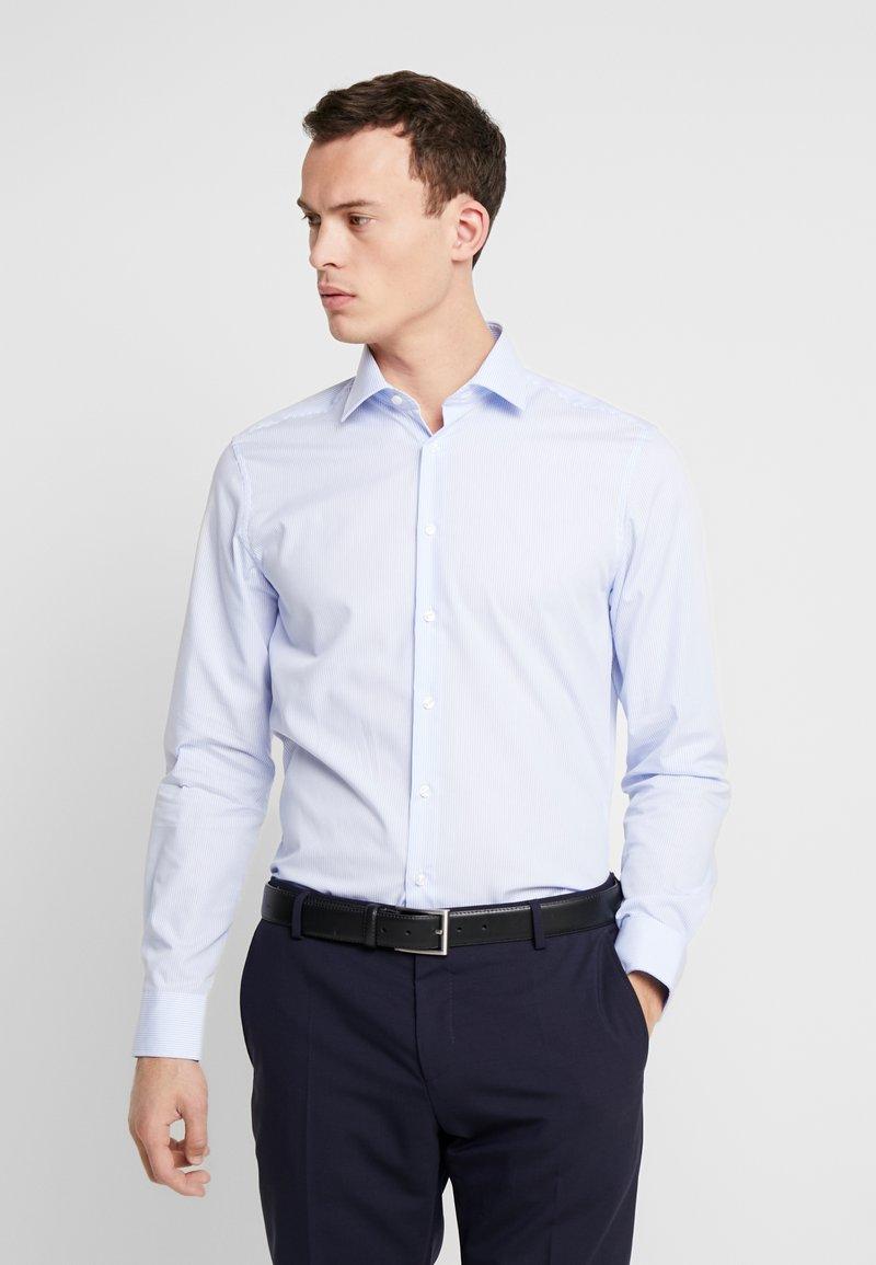 Seidensticker - SLIM FIT - Shirt - light blue