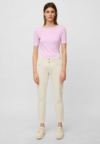 SHORT SLEEVE BOAT NECK - Basic T-shirt - breezy lilac