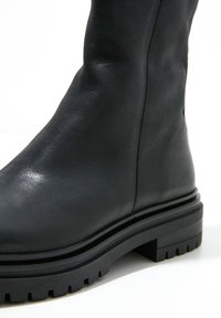 Inuovo - Platform ankle boots - black blk - 6