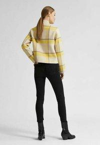 Selected Femme - KURZE - Summer jacket - sandshell - 2