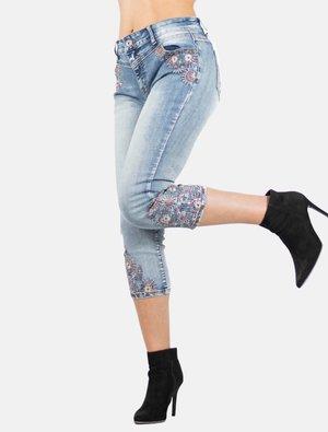 PIRATA CON BORDADO  - Shorts vaqueros - azul medio