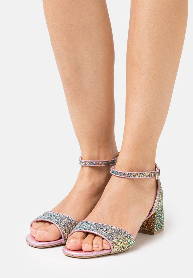 Buffalo - VEGAN RAINELLE - Sandals - multicolor