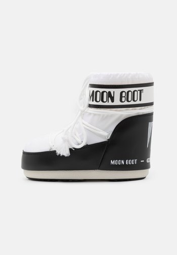 CLASSIC LOW - Winter boots - white