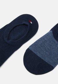 Tommy Hilfiger - MEN FOOTIE BIRDEYE 2 PACK - Trainer socks - navy - 1