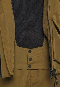 Superdry - ULTIMATE MOUNTAIN RESCUE - Ski jas - dusty olive - 4