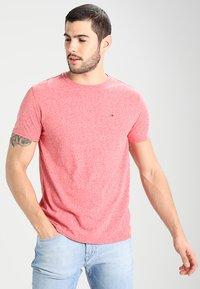 Tommy Jeans - ORIGINAL TRIBLEND REGULAR FIT - T-shirt basique - formula one - 0