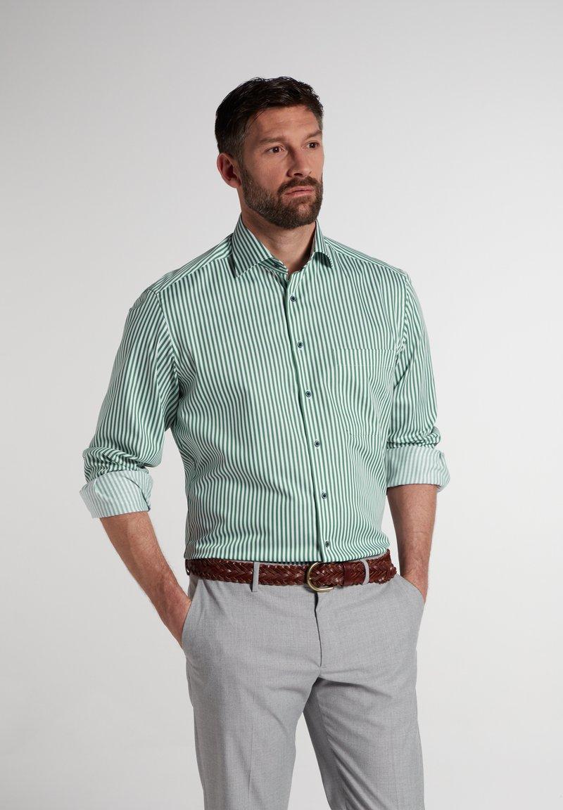 Eterna - COMFORT FIT - Shirt - grün/weiss