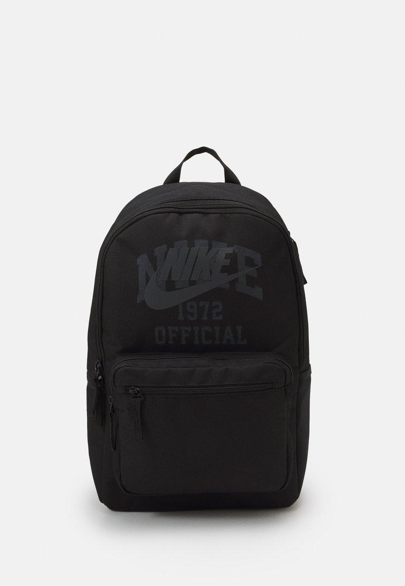 Nike Sportswear - HERITAGE EUGENE UNISEX - Rucksack - black/black/anthracite
