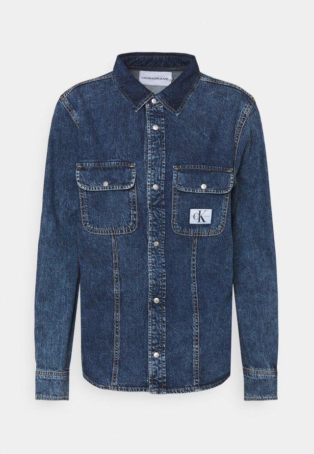 ARCHIVE LEAN - Button-down blouse - denim medium