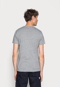 Hollister Co. - CREW 3 PACK - T-shirts basic - navy/burgundy/grey - 4